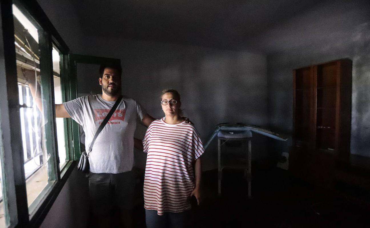 Desalojan dos veces en siete años a una familia por 'ocupar' una casa en Carchuna