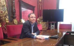 El PSOE ofrece diálogo al equipo de gobierno de Granada para sacar los presupuestos adelante