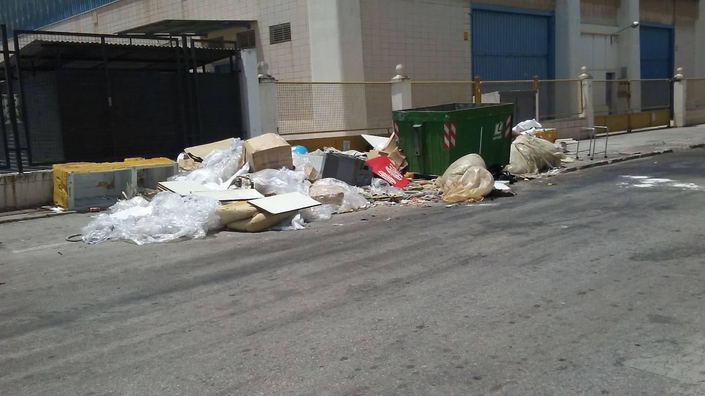 Motril retira 32 toneladas de basura de la calle en quince días y aumentará las sanciones