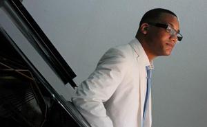 El Jazz en la Costa premia la trayectoria del pianista Gonzalo Rubalcaba