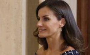 El vestido de Zara de menos 20 euros de la Reina Letizia