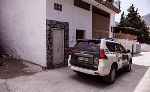 Denuncia el robo y el posterior incendio de su coche para cobrar el seguro en Pinos Puente