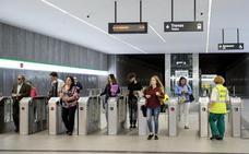 Los usuarios le dan un notable alto a los servicios del Metro de Granada