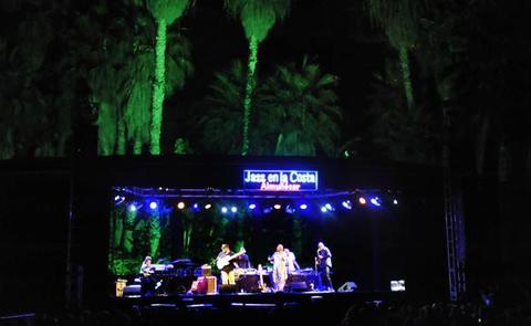 Cristian McBride convierte Jazz en la Costa en una sesión de ritmos urbanos