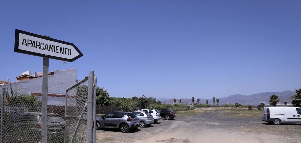 Motril habilita casi un millar de aparcamientos en la zona de la playa desde este fin de semana