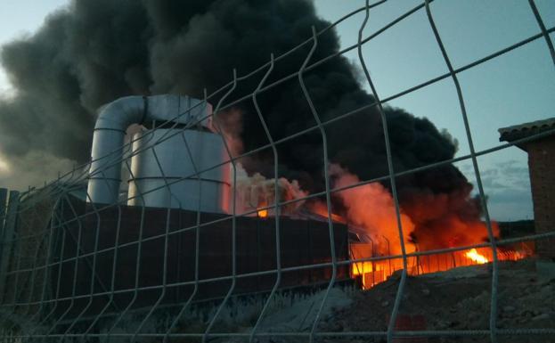 El reciclaje de residuos se mantiene en la provincia pese al fuego de Ibros