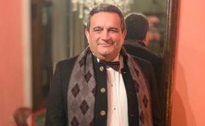 El perfumista granadino del lujo y los famosos, Ramón Béjar, pregonará las fiestas de Molvízar