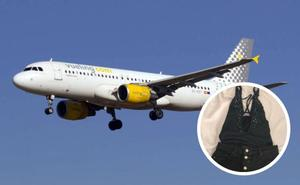 Vueling impide a una granadina volar en uno de sus aviones por la ropa que llevaba puesta