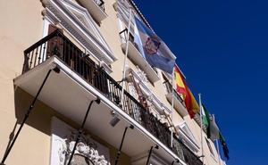 El PSOE acusa a García Chamorro de llevarse a personal de Recaudación para que gestione Facebook y Twitter