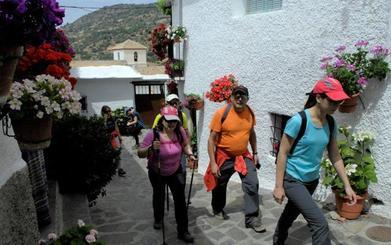 Bubión, un municipio del Barranco de Poqueira muy florido, limpio y bonito
