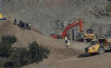 La Guardia Civil confirma que Julen fue sepultado en el pozo por la tierra que fue arrastrando al caer