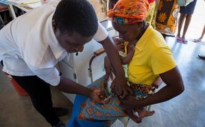 Más de siete mil niños de África y Latinoamérica, vacunados gracias a diez empresas jienenses