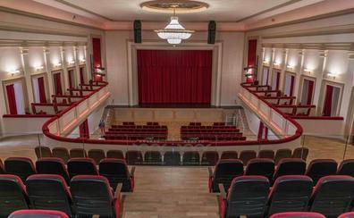 El teatro Dengra, una joya escénica de Granada, levanta de nuevo el telón