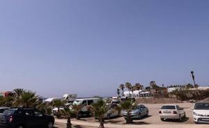 Empresarios costeros apoyan la manifestación para reclamar que se pueda aparcar en Playa de Poniente
