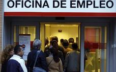 El salario bruto bajó en Andalucía un 1,1% en 2018, hasta los 20.061 euros, según el INE