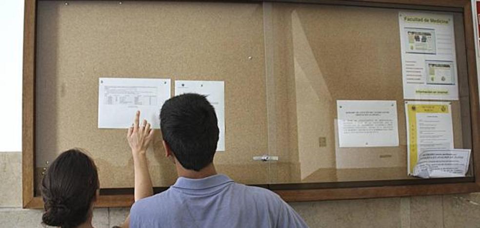 La lista de espera de la UGR: 40.000 solicitudes entre todas las carreras