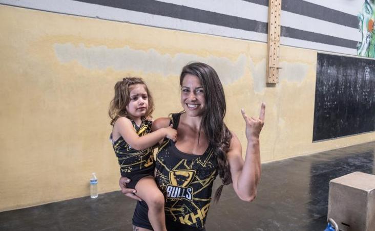 Cristina Zegri y su hija: un entrenamiento de crossfit peculiar