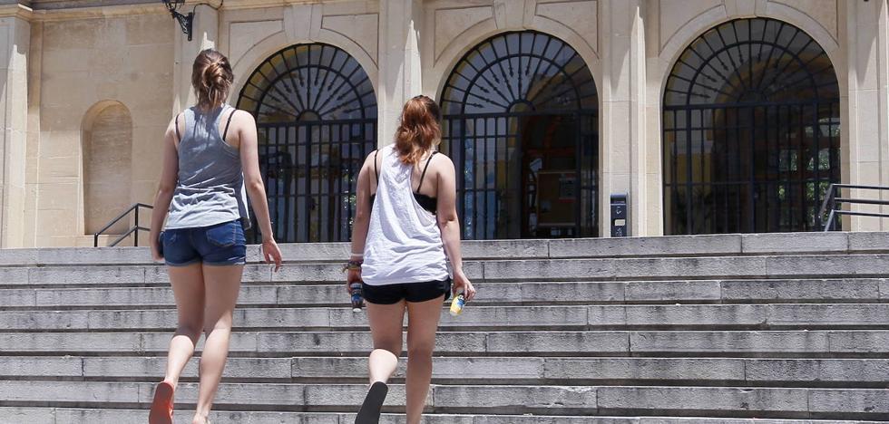 ¿Cuánto cuestan los colegios mayores y las residencias en Granada? Compara el precio con Madrid y Barcelona