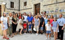 Pequeños y mayores disfrutan de una bonita experiencia en el 'Día de los Abuelos'