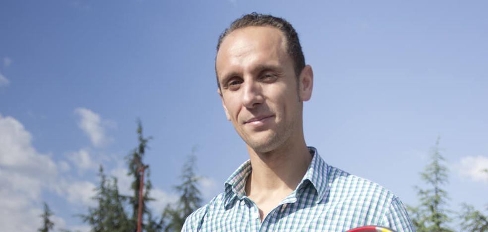 El prestigioso profesor de Granada que va a recomendar al mundo cómo 'moverse'