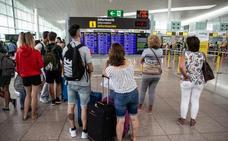 La huelga de Iberia en Barcelona causa 73 cancelaciones este domingo