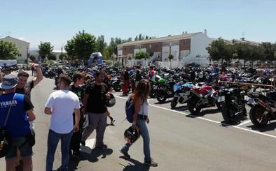 Más de 700 moteros de toda la provincia participan en el I Festival 'Alhambra Riders' en Vegas del Genil