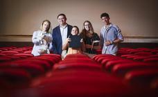 Así es vivir en el Madrigal: la última familia de cine en Granada