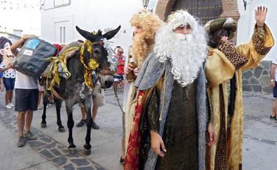 Granada celebró anoche la Nochevieja más calurosa del mundo con las campanadas de Bérchules