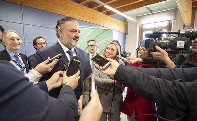 Los seis meses del gobierno del cambio en Granada: proyectos en marcha y grandes promesas por cumplir