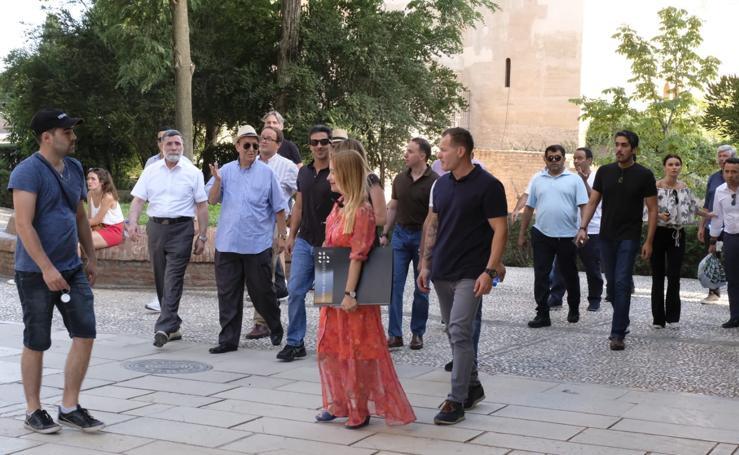Así ha sido la visita del jeque del Manchester City y príncipe heredero de Abu Dabi a la Alhambra