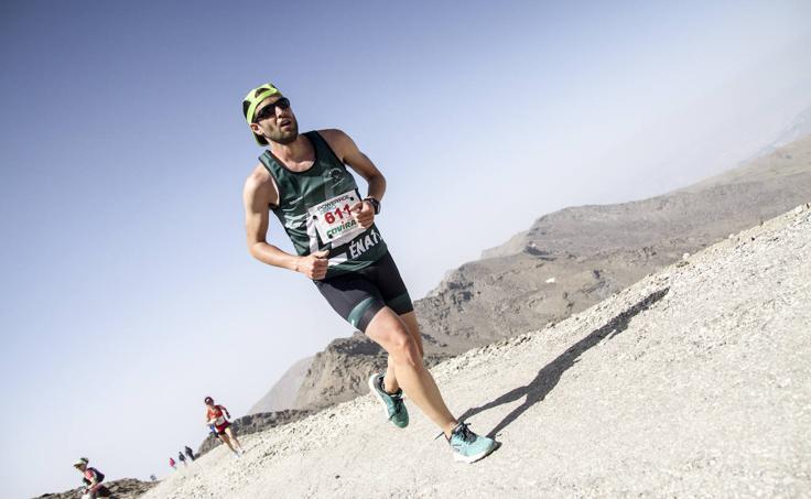 La carrera más dura del mundo pone a prueba a mil corredores con la Subida al Veleta