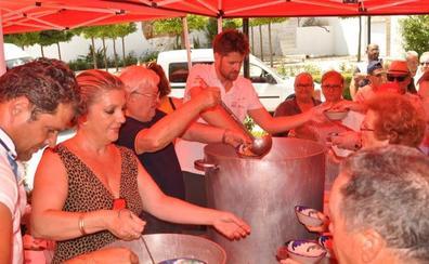 La Fiesta de la Parva congrega en la era del río de Lanjarón a los amantes de la trilla y el puchero de habichuelas
