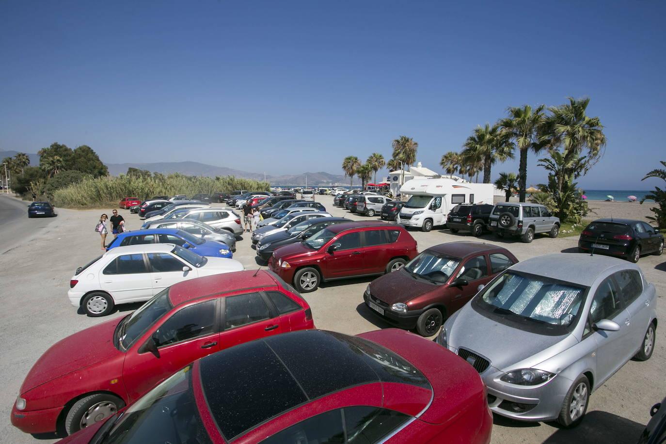 Empresarios de Motril piden una reunión de urgente con el ministerio para pedir soluciones para playa de Poniente