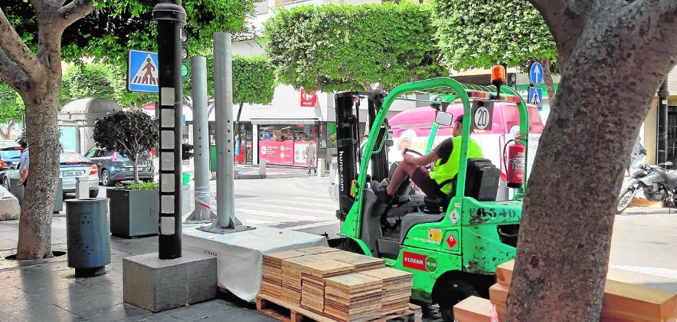 Los trabajos para la Feria de Almería comienzan a hacerse visibles