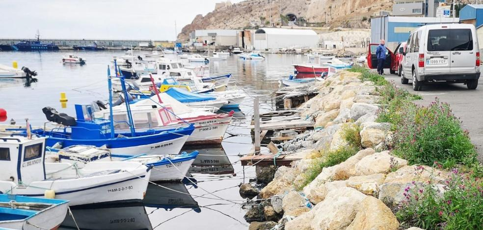 El puerto de Almería acondicionará la zona de fondeadero pesquero