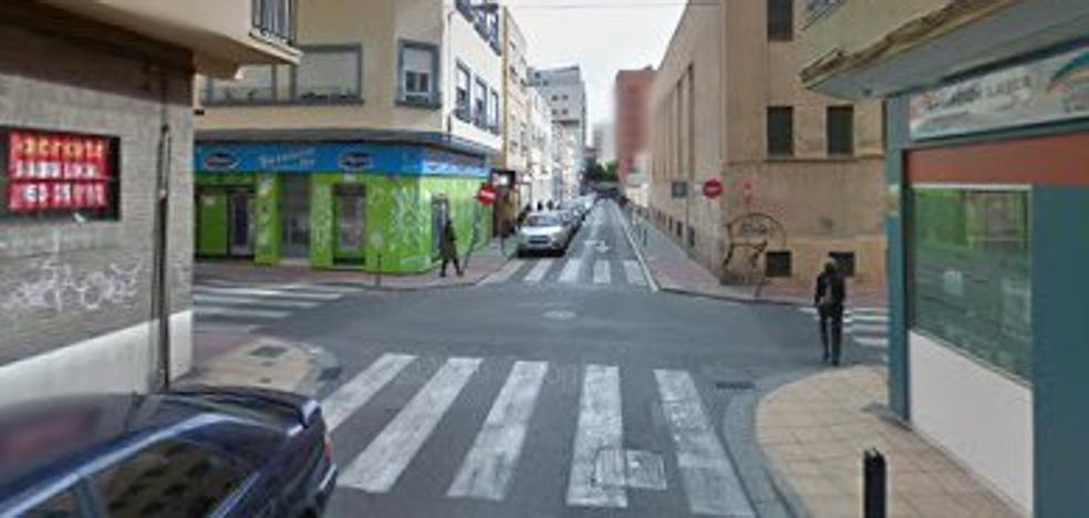Cortada al tráfico la calle Terriza debido a la segunda fase de las obras en San Leonardo