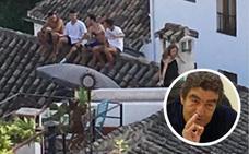 «Del 'balconing' de Ibiza al 'tejading' de mi barrio, el Albaicín: se nos va la pinza»