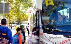 La Junta mantendrá el contrato actual de transporte escolar en este curso a la espera de sentencia definitiva
