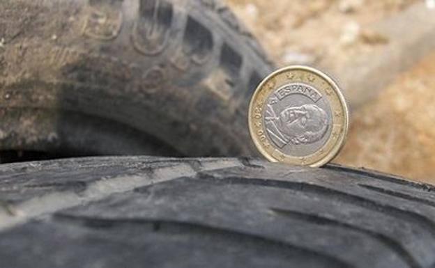 Esta es la forma de usar una moneda para evitar una multa de la Guardia Civil