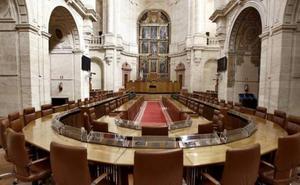 El Parlamento andaluz decidirá el miércoles si comparecen en agosto cuatro consejeros