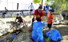 Treinta personas participan en 'Linares se pone en verde'