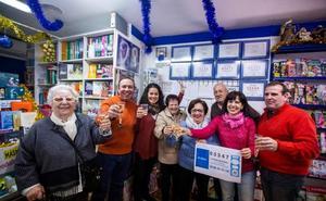 La librería Jofi de Almuñécar reparte 250.000 euros del segundo premio de lotería