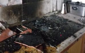 Se niega a salir de su casa en llamas en Torredelcampo y acaba herido