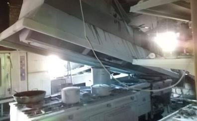 Dos adultos y un niño heridos en un incendio en un hotel de Santiago Pontones
