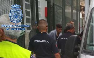 A la cárcel el patrón de una embarcación con 18 personas a bordo en Almería