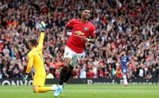 El Manchester United vapulea al Chelsea en el debut de Lampard