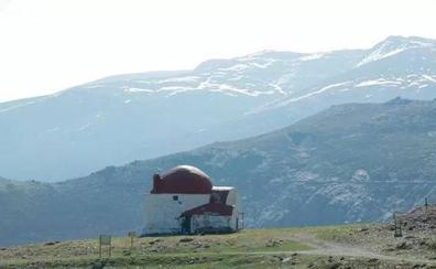 Montañeros inician una campaña para salvar el primer refugio de la Sierra