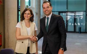 El PP cierra con Madrid la operación por salvar su mermado poder territorial