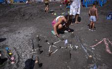En busca del mejor castillo de arena en las playas de Granada