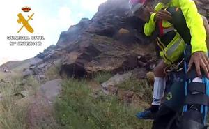 Sufre un accidente en el barranco del río Verde y la rescata la Guardia Civil en helicóptero